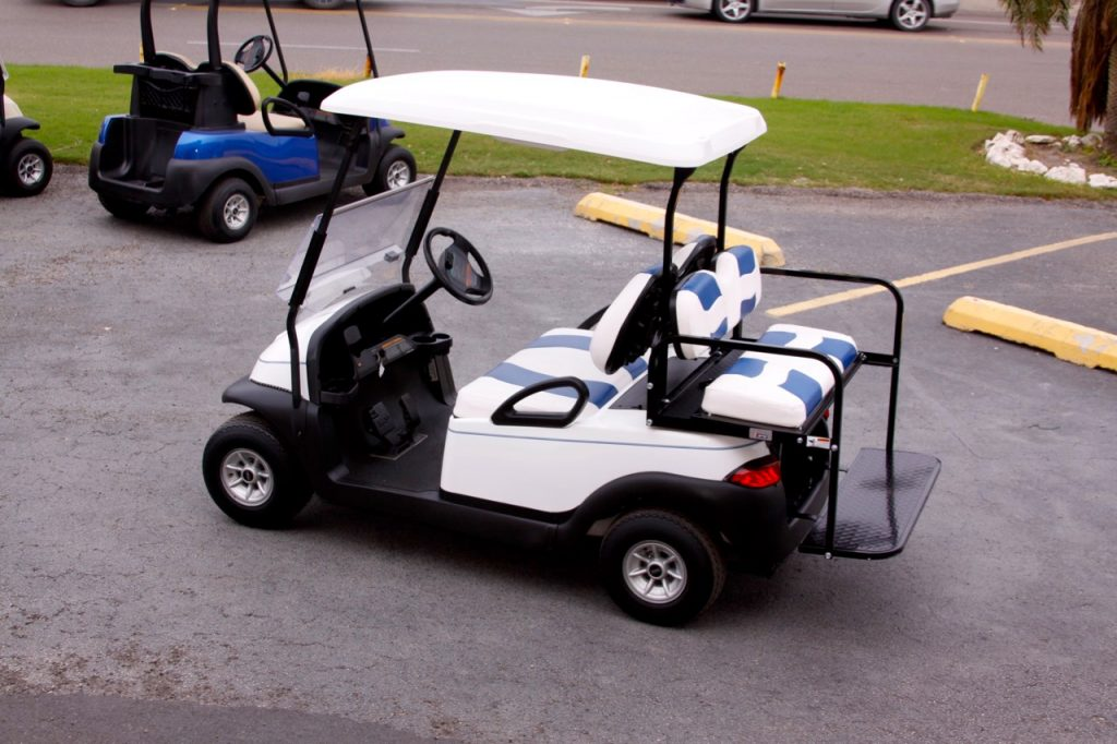 White with blue stripe club car
